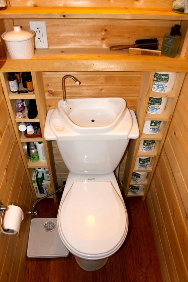 Shawn-and-Jamie-Dehner-Toilet1